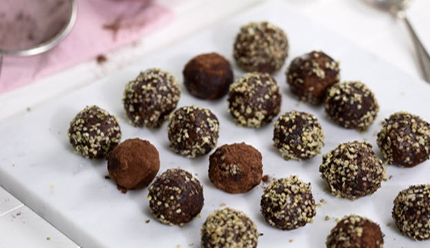 Complete by Juice Plus Hemp Energy Bites Recipe